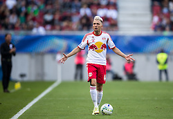 18.05.2014, Woerthersee Stadion, Klagenfurt, AUT, OeFB Samsung Cup, FC Red Bull Salzburg vs SKN St. Poelten, Finale, im Bild Kevin Kampl (FC Red Bull Salzburg) steht fragend // during the mens OeFB Samsung Cup final match between FC Red Bull Salzburg vs SKN St. Poelten at the Woerthersee Stadium, Klagenfurt, Austria on 2014/05/18. EXPA Pictures © 2014, PhotoCredit: EXPA/ Johann Groder