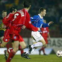 St Johnstone v Aberdeen   08.01.02<br />Craig Russell makes an attack on the Aberdeen goal<br /><br />Pic by Graeme Hart<br />Copyright Perthshire Picture Agency<br />Tel: 01738 623350 / 07990 594431