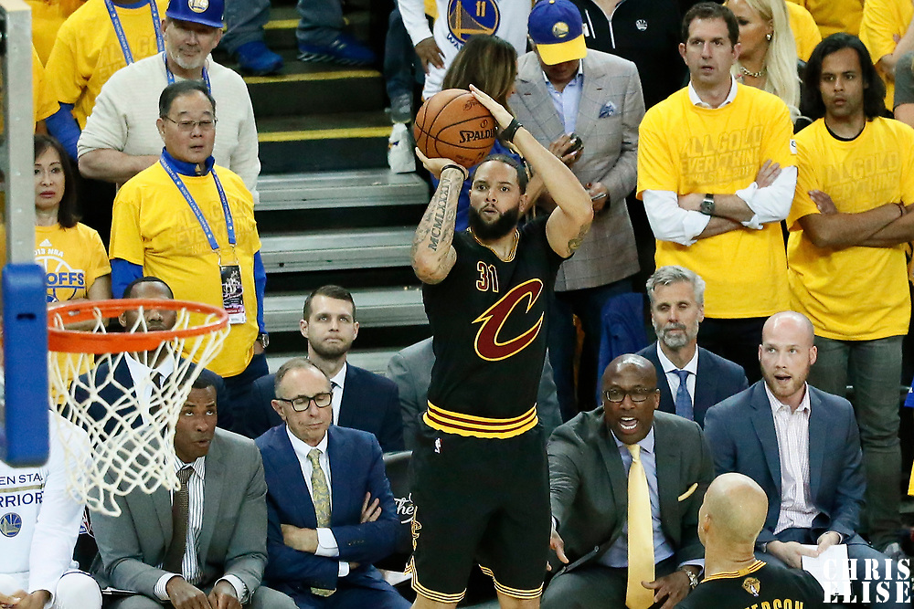 12 June 2017: Cleveland Cavaliers guard Dahntay Jones (30) takes a jump shot during the Golden State Warriors 129-120 victory over the Cleveland Cavaliers, in game 5 of the 2017 NBA Finals, at the Oracle Arena, Oakland, California, USA.
