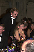 Mr. and Mrs. Gordon Ramsay. The Booker prize 2000. Guildhall, London EC2. 7 November 2000. © Copyright Photograph by Dafydd Jones 66 Stockwell Park Rd. London SW9 0DA Tel 020 7733 0108 www.dafjones.com
