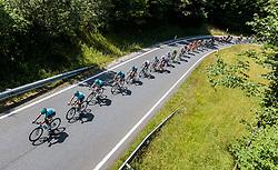 06.07.2017, Kitzbühel, AUT, Ö-Tour, Österreich Radrundfahrt 2017, 4. Etappe von Salzburg - Kitzbüheler Horn (82,7 km/BAK), im Bild Feature, Peloton, von Oben // Feature, Peloton, von Oben during the 4th stage from Salzburg - Kitzbueheler Horn (82,7 km/BAK) of 2017 Tour of Austria. Kitzbühel, Austria on 2017/07/06. EXPA Pictures © 2017, PhotoCredit: EXPA/ JFK