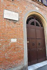 20120309 CASA FOSCHINI IN VIA BEATRICE D'ESTE