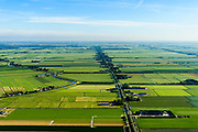 Nederland, Noord-Holland, Gemeente Beemster, 13-06-2017; zicht op de Middenweg en Noord-Beemster, links polder Beetskoog met Beemsteruitwatering.<br /> Polder Beemster, Unesco World Heritage<br /> luchtfoto (toeslag op standaard tarieven);<br /> aerial photo (additional fee required);<br /> copyright foto/photo Siebe Swart
