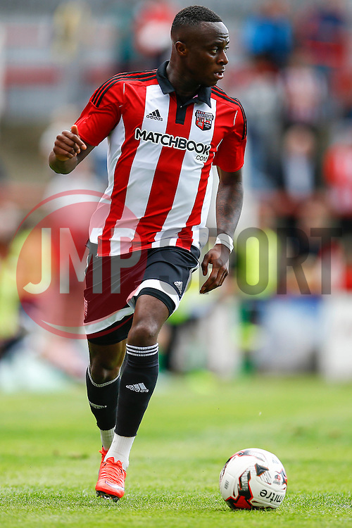 Moses Odubajo of Brentford - Mandatory by-line: Jason Brown/JMP - Mobile 07966 386802 25/07/2015 - SPORT - FOOTBALL - Brentford, Griffin Park - Brentford v Stoke City - Pre-Season Friendly