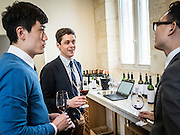 Chinese sommelier discover the Bordeaux vineyards during a tasting campaign