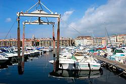 FRANCE PROVENCE MARSEILLE 2OCT06 - Views of Marseille's Vieux Port, or old port, the centre of city life.. . jre/Photo by Jiri Rezac. . © Jiri Rezac 2006. . Contact: +44 (0) 7050 110 417. Mobile:  +44 (0) 7801 337 683. Office:  +44 (0) 20 8968 9635. . Email:   jiri@jirirezac.com. Web:    www.jirirezac.com. . © All images Jiri Rezac 2006 - All rights reserved.