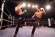 24èm nuit des titans organisé par jean louis borg .6 combats dont un chpt du monde FIKB DA entre Pecquery Xavier et Castagna Cedric