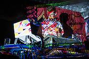 ASA&Euml;L ROBITAILLE<br /> BATAILLE SOLAIRE, Casa del Popolo, Mardi 21 octobre 2014 23h00.