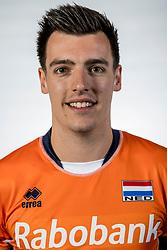 10-05-2017 NED: Selectie Nederlands volleybal team mannen 2017, Arnhem<br /> Op Papendal werd de selectie gepresenteerd / Stijn Held #20
