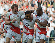 Twickenham. Great Britain, Delon ARMITAGE centre is congratulated, left Mark CUETO and right, Ugo MONYE after scoring a first half try during the Six Nations Rugby, England vs France, match played at the RFU Stadium, England on Sun 15.03.2009   [Mandatory Credit. Peter Spurrier/Intersport Images]