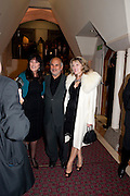 GAIL REBUCK; ALAN YENTOB; AMANDA ROSS; , Man Booker prize 2011. Guildhall. London. 18 October 2011. <br /> <br />  , -DO NOT ARCHIVE-© Copyright Photograph by Dafydd Jones. 248 Clapham Rd. London SW9 0PZ. Tel 0207 820 0771. www.dafjones.com.