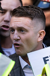 © Licensed to London News Pictures. 27/09/2018. London, UK. Far-right political activist Stephen Yaxley-Lennon, also known as Tommy Robinson, arrives at The Old Bailey to face a rehearing of contempt of court charges, following a successful appeal. Photo credit : Tom Nicholson/LNP