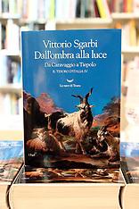 20170111 PRESENTAZIONE LIBRO DALL'OMBRA ALLA LUCE VITTORIO SGARBI
