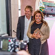 NLD/Amsterdam//20170410 - Free a Girl Celebrity Night, Patty Brard en partner Antoine van de Vijver