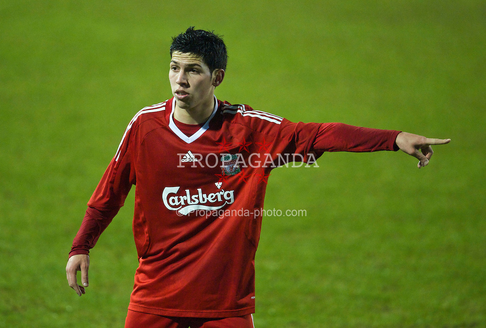 BIRKENHEAD, ENGLAND - Thursday, January 21, 2010: Liverpool's Daniel Pacheco in action against Manchester City during the FA Premiership Reserves League (Northern Division) match at Prenton Park. (Photo by: David Rawcliffe/Propaganda)