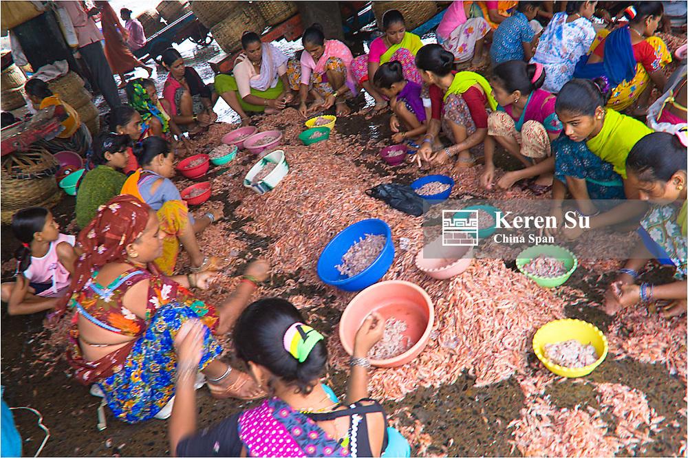 Women at the fish market, Mumbai, India