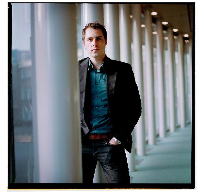 Nederland, Den Haag, 11 december 2007, <br /> Martijn van Dam, lid Tweede Kamer PvdA.<br /> Foto Martijn Beekman <br /> NIET VOOR TROUW, AD, TELEGRAAF, NRC EN HET PAROOL