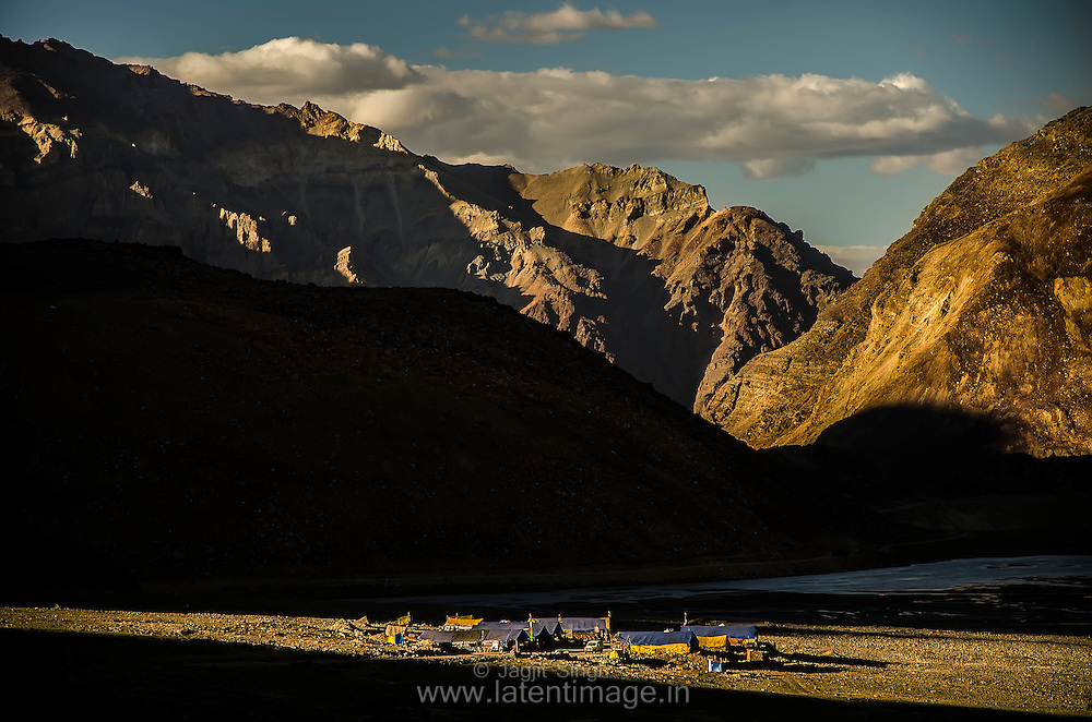 A Temporary Village on the way to Leh.