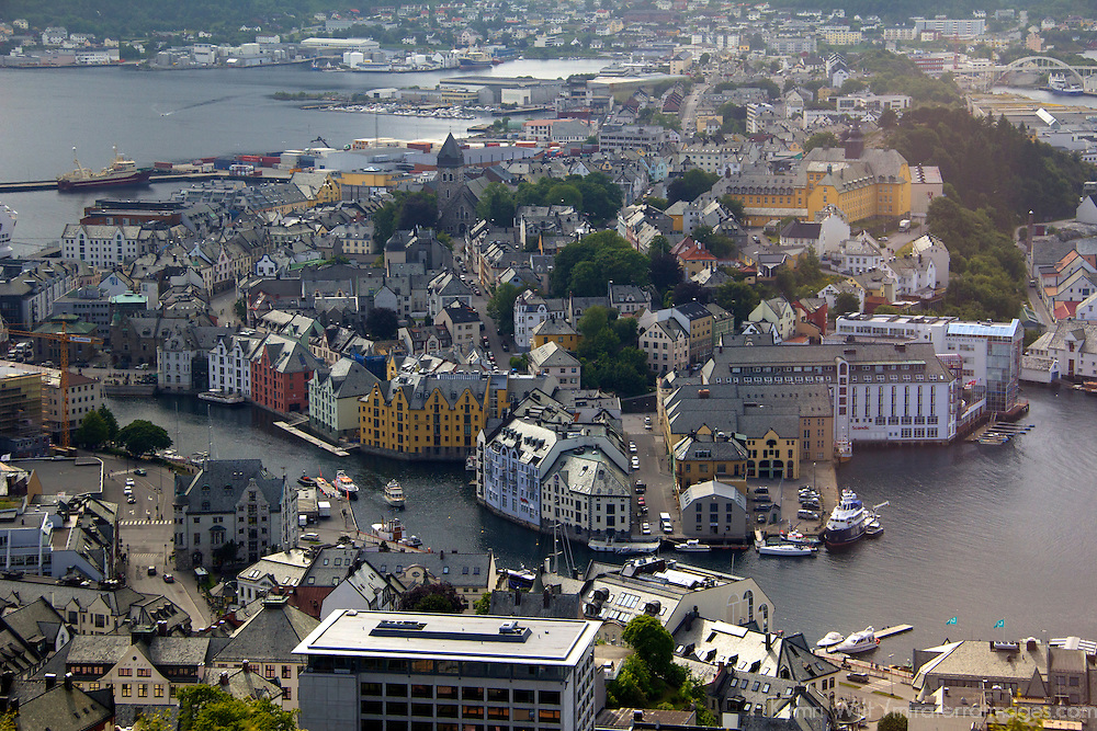 Europe, Norway, Alesund. Alesund Inner Harbor, view from Mt. Aksla.