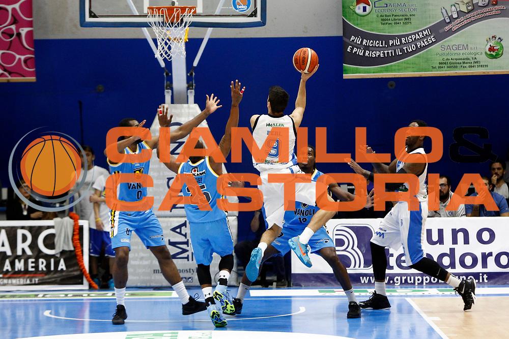 DESCRIZIONE : Capo dOrlando Lega A 2015-16 Betaland Orlandina Basket Vanoli Cremona<br /> GIOCATORE : Zoltan Perl<br /> CATEGORIA : Controcampo Tiro Penetrazione<br /> SQUADRA : Betaland Orlandina Basket<br /> EVENTO : Campionato Lega A Beko 2015-2016 <br /> GARA : Betaland Orlandina Basket Vanoli Cremona<br /> DATA : 15/11/2015<br /> SPORT : Pallacanestro <br /> AUTORE : Agenzia Ciamillo-Castoria/G.Pappalardo<br /> Galleria : Lega Basket A Beko 2015-2016<br /> Fotonotizia : Capo dOrlando Lega A Beko 2015-16 Betaland Orlandina Basket Vanoli Cremona