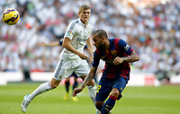 """Spanish  League""- match Real Madrid Vs FC Barcelona- season 2014-15 - Santiago Bernabeu Stadium - Toni Kroos (Real Madrid) and Dani Alves (FC Barcelona) in action during the Spanish League match(Photo: Guillermo Martinez / Bohza Press / Alter Photos)"