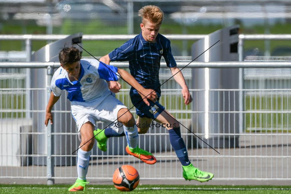 08.04.17; Zuerich; Fussball FCZ Academy - Grasshopper Club - Zuerich FE14 Oberland; <br /> Guzzo Ramon (GC) Schiess Silvan (Zuerich) <br /> (Andy Mueller/freshfocus)