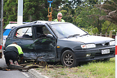 Auckland-Three children injured in crash on SH16