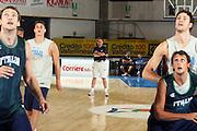 Ritiro per la preparazione ad Eurobasket 2007 Allenamento pomeridiano 30-07-2007<br /> Carlo Recalcati