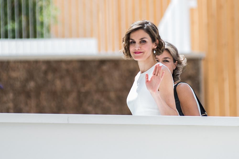 Foto Piero Cruciatti / LaPresse<br /> 23-07-2015 Milano, Italia<br /> Cronaca<br /> Visita privata di Sua Maesta la Regina di Spagna Do&ntilde;a Letizia Ortiz Rocasolano<br /> Nella Foto: , Do&ntilde;a Letizia Ortiz Rocasolano<br /> Photo Piero Cruciatti / LaPresse<br /> 23-07-2015 Milan, Italy<br /> News<br /> Private Visit of Her Majesty the Queen of Spain Do&ntilde;a Letizia Ortiz Rocasolano as a FAO Ambassador<br /> In the Photo: Do&ntilde;a Letizia Ortiz Rocasolano