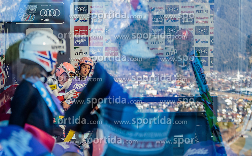 01.01.2017, Olympiaschanze, Garmisch Partenkirchen, GER, FIS Weltcup Ski Sprung, Vierschanzentournee, Garmisch Partenkirchen, Probedurchgang, im Bild Severin Freund (GER), Andreas Kofler (AUT) // Severin Freund of Germany Andreas Kofler of Austria before the Trial Jump for the Four Hills Tournament of FIS Ski Jumping World Cup at the Olympiaschanze in Garmisch Partenkirchen, Germany on 2017/01/01. EXPA Pictures © 2017, PhotoCredit: EXPA/ JFK
