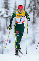 25.11.2017, Nordic Arena, Ruka, FIN, FIS Weltcup Langlauf, Nordic Opening, Kuusamo, im Bild Victoria Carl (GER) // Victoria Carl of Germany during the FIS Cross Country World Cup of the Nordic Opening at the Nordic Arena in Ruka, Finland on 2017/11/25. EXPA Pictures © 2017, PhotoCredit: EXPA/ JFK