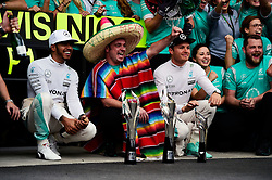 Formel 1: GP von Mexiko 2016 - Rennen in Mexiko-Stadt / 301016<br /> <br /> ***Race winner Lewis Hamilton (GBR) Mercedes AMG F1 and team mate Nico Rosberg (GER) Mercedes AMG F1 celebrate with the team.<br /> 30.10.2016. Formula 1 World Championship, Rd 19, Mexican Grand Prix, Mexico City, Mexico, Race Day.<br />  Copyright: Price / XPB Images / action press ***
