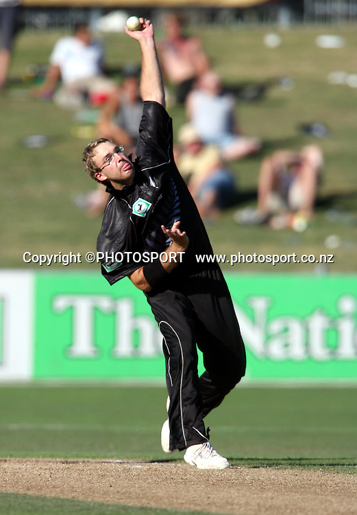 Daniel Vettori bowling during the fourth ODI cricket match between the Black Caps and West Indies at Mclean Park, Napier, New Zealand, on Wednesday 1 March 2006. Photo: John Cowpland/PHOTOSPORT