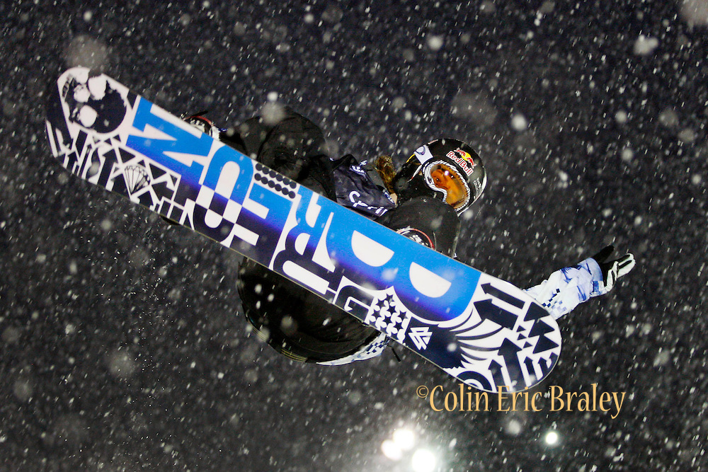 Shaun White competes in the U.S. Snowboarding Grand Prix finals, Friday, Jan. 22, 2010, in Park City, Utah. (AP Photo/Colin E Braley).