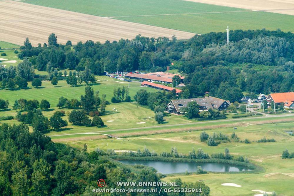 NLD/Biddinghuizen/20150822 - Vlucht boven .............