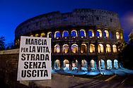 Roma 12 Maggio 2012.Attiviste e attivisti espongono cartelli per i consultori pubblici e contro la Marcia nazionale per la Vita che si terra domani a Roma