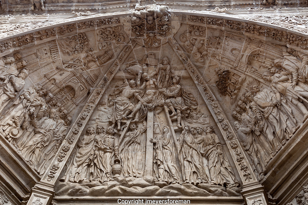 Astorga Cathedral, trympanum, divided into 3 panels narrating the Passion.