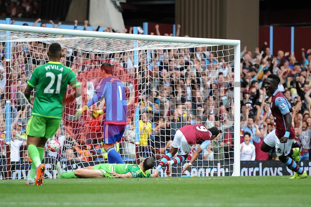 Scott Sinclair of Aston Villa scores a goal - Mandatory byline: Dougie Allward/JMP - 07966386802 - 29/08/2015 - FOOTBALL - Villa Park -Birmingham,England - Aston Villa v Sunderland - Barclays Premier League