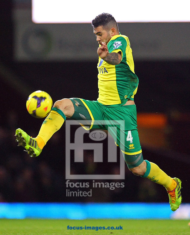 Picture by Paul Chesterton/Focus Images Ltd +44 7904 640267<br /> 11/02/2014<br /> Bradley Johnson of Norwich in action during the Barclays Premier League match at the Boleyn Ground, London