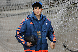Ki Sung-Yueng of Swansea City arrives at Selhurst Park - Mandatory byline: Jason Brown/JMP - 07966386802 - 28/12/2015 - FOOTBALL - London - Selhurst Park - Crystal Palace v Swansea City - Barclays Premier League