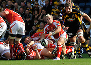 Wycombe, GREAT BRITAIN,  Warriors Matt POWELL clears the ball from the back of the scrum, during the Guinness Premiership match,  London Wasps vs Worcester Warriors at Adam's Park Stadium, Bucks on Sun 14.09.2008. [Photo, Peter Spurrier/Intersport-images]