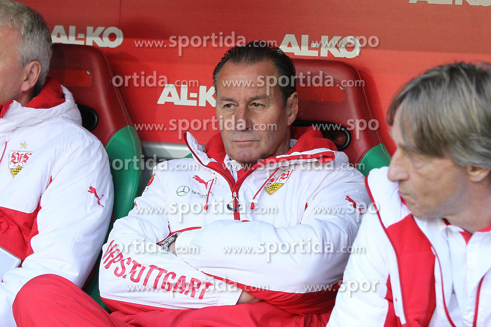 18.04.2015, SGL Arena, Augsburg, GER, 1. FBL, FC Augsburg vs VfB Stuttgart, 29. Runde, im Bild Chef-Trainer Huub Stevens (VfB stuttgart) nachdenklichr // during the German Bundesliga 29th round match between FC Augsburg and VfB Stuttgart at the SGL Arena in Augsburg, Germany on 2015/04/18. EXPA Pictures &copy; 2015, PhotoCredit: EXPA/ Eibner-Pressefoto/ Kolbert<br /> <br /> *****ATTENTION - OUT of GER*****