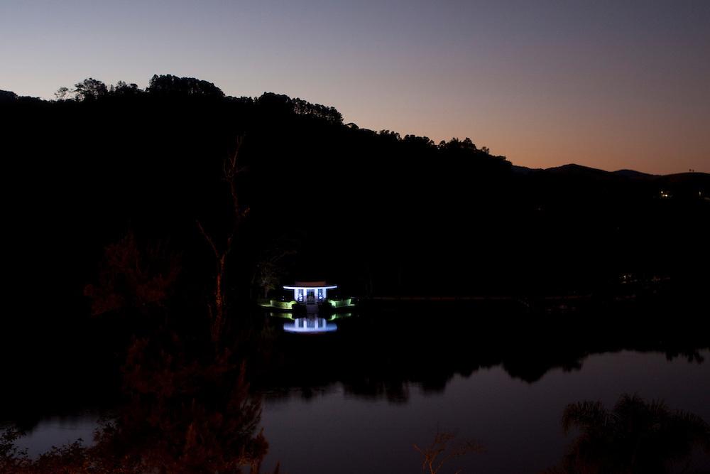 Sao Lourenco_MG, Brasil...Vista panoramica do Parque das Aguas a noite...The panoramic view of the Water Park at night...Foto: MARCUS DESIMONI / NITRO