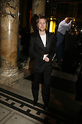 Christopher Bailey, The British Fashion Awards  2006 sponsored by Swarovski . Victoria and Albert Museum. 2 November 2006. ONE TIME USE ONLY - DO NOT ARCHIVE  © Copyright Photograph by Dafydd Jones 66 Stockwell Park Rd. London SW9 0DA Tel 020 7733 0108 www.dafjones.com