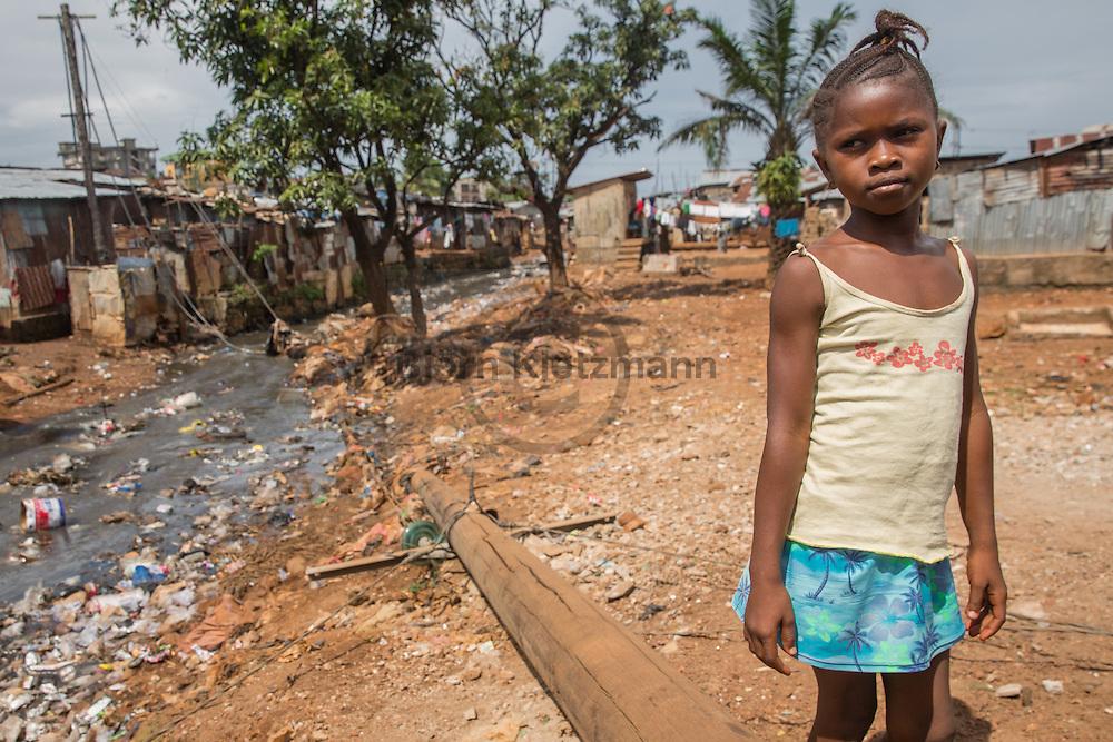 Freetown (Sierra Leone) / Bjoern Kietzmann / 23.11.2015 - Kroo bay Slum in der sierra leonischen-Hauptstadt Freetown.