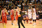 DESCRIZIONE : Pistoia Lega serie A 2013/14  Giorgio Tesi Group Pistoia Pesaro<br /> GIOCATORE : Arbitro<br /> CATEGORIA : mani<br /> SQUADRA : Giorgio Tesi Group Pistoia Pesaro Basket<br /> EVENTO : Campionato Lega Serie A 2013-2014<br /> GARA : Giorgio Tesi Group Pistoia Pesaro Basket<br /> DATA : 24/11/2013<br /> SPORT : Pallacanestro<br /> AUTORE : Agenzia Ciamillo-Castoria/M.Greco<br /> Galleria : Lega Seria A 2013-2014<br /> Fotonotizia : Pistoia  Lega serie A 2013/14 Giorgio  Tesi Group Pistoia Pesaro Basket<br /> Predefinita :
