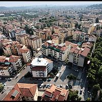 quartiere campo Marte Firenze ......Fotografie aeree a bassa quota di diverse parti della città realizzate da un pallone aerostatico che ha sorvolato sul cielo di Firenze con appesa una macchina fotografica.