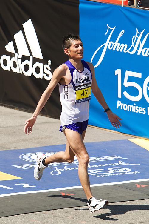 Naoki Tashiro crosses finish line in 51st place