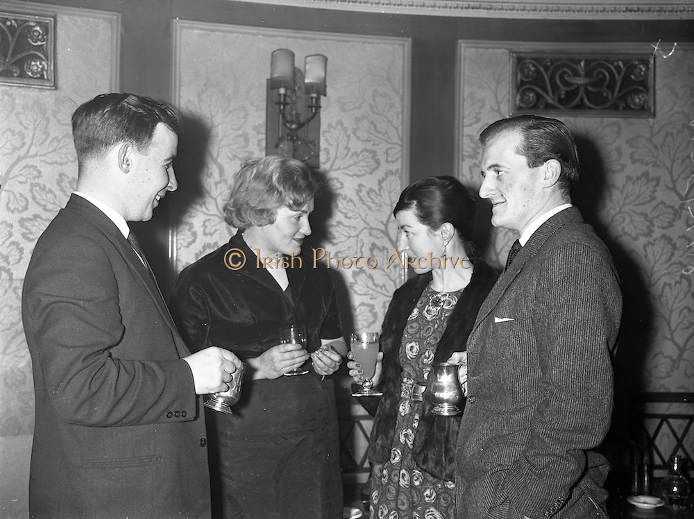09/12/1960<br /> 12/09/1960<br /> 09 December 1960<br /> Irish Hotel Management Association dinner at the Metropole Hotel, Dublin. At the event were(l-r): Mr. John Carney, Carney Arms Hotel, Dun Laoghaire; Miss Oona Raleigh, Limerick and Mr. and Mrs Billy O'Carroll, Haydens Hotel, Ballinasloe, Co. Galway.