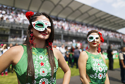 October 29, 2017 - Mexico-City, Mexico - Motorsports: FIA Formula One World Championship 2017, Grand Prix of Mexico, .grid girls  (Credit Image: © Hoch Zwei via ZUMA Wire)